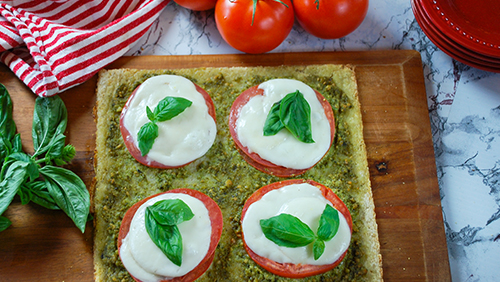 Pesto on a Cauliflower Pizza Crust
